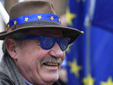 Brexit, il Parlamento vota a favore della riapertura dei negoziati con l'Ue foto 3