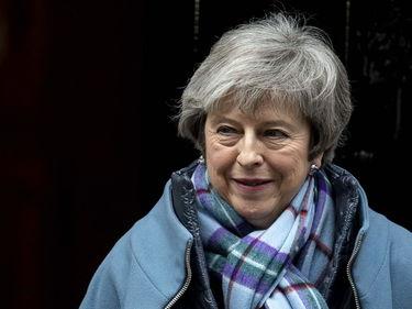 Brexit, May: «Riapriamo le trattative». Gelo dell'Ue foto 3