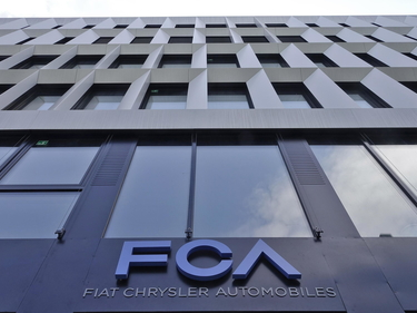 Fiat patteggia per le emissioni negli Usa: un accordo che costerà a Fca oltre 650 milioni foto 3