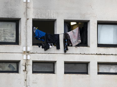 Migranti in strada e lavoratori a rischio: chiude il centro per richiedenti asilo alle porte di Roma foto 3