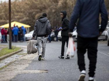 Migranti in strada e lavoratori a rischio: chiude il centro per richiedenti asilo alle porte di Roma foto 1