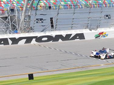 La nuova sfida di Zanardi, a 52 anni alla 24 Ore di Daytona foto 1