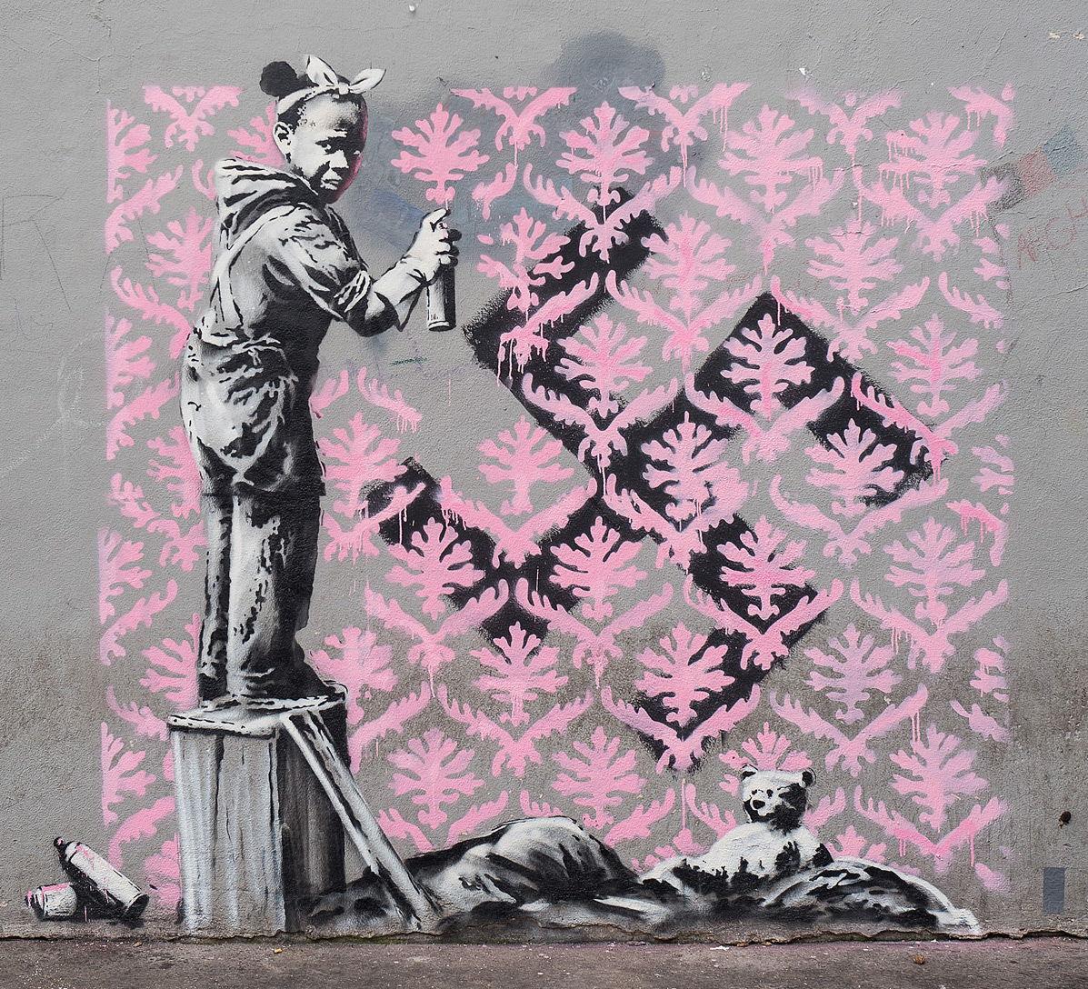 Parigi: rubata opera di Banksy in omaggio alle vittime del Bataclan foto 1