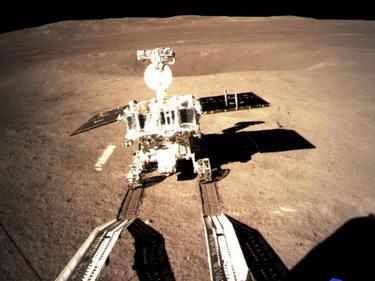 Passeggiata sulla Luna, le immagini mai viste del