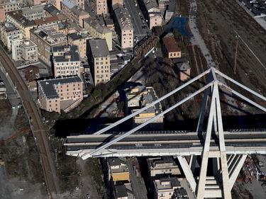 Ponte Genova, dieci nuovi indagati per falso foto 1