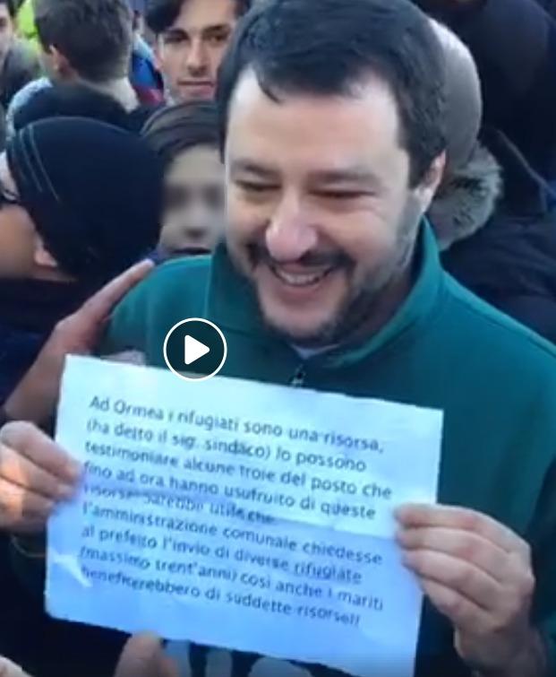 Salvini e il cartello che offende le donne di Ormea e i rifugiati foto 2