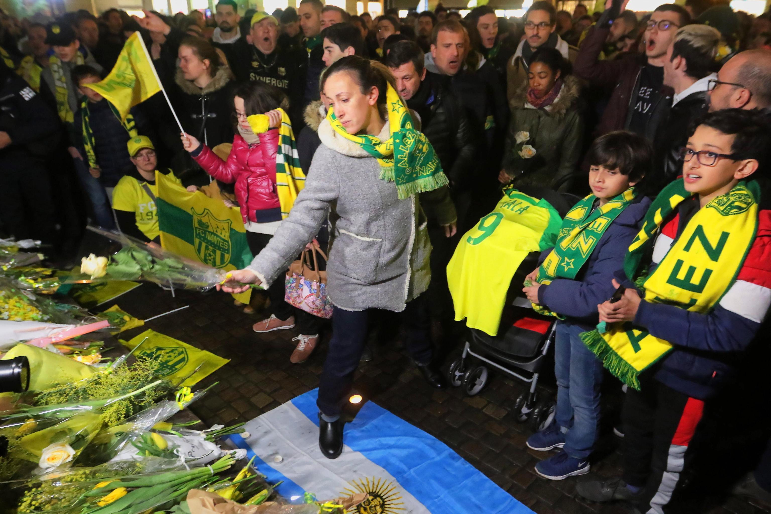 Scompare aereo sulla Manica: «Nessuna speranza per il calciatore Emiliano Sala» foto 3