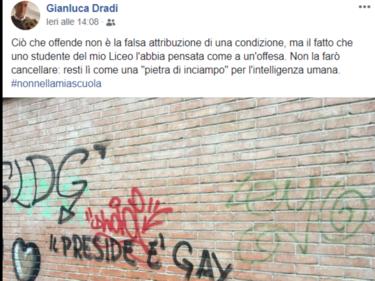 Scrivono: «Il preside è gay», il dirigente a Open: «Non sarà cancellato, serva da lezione» foto 1