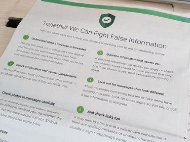 Whatsapp contro le fake news, ora i messaggi si inoltrano solo a cinque contatti foto 1