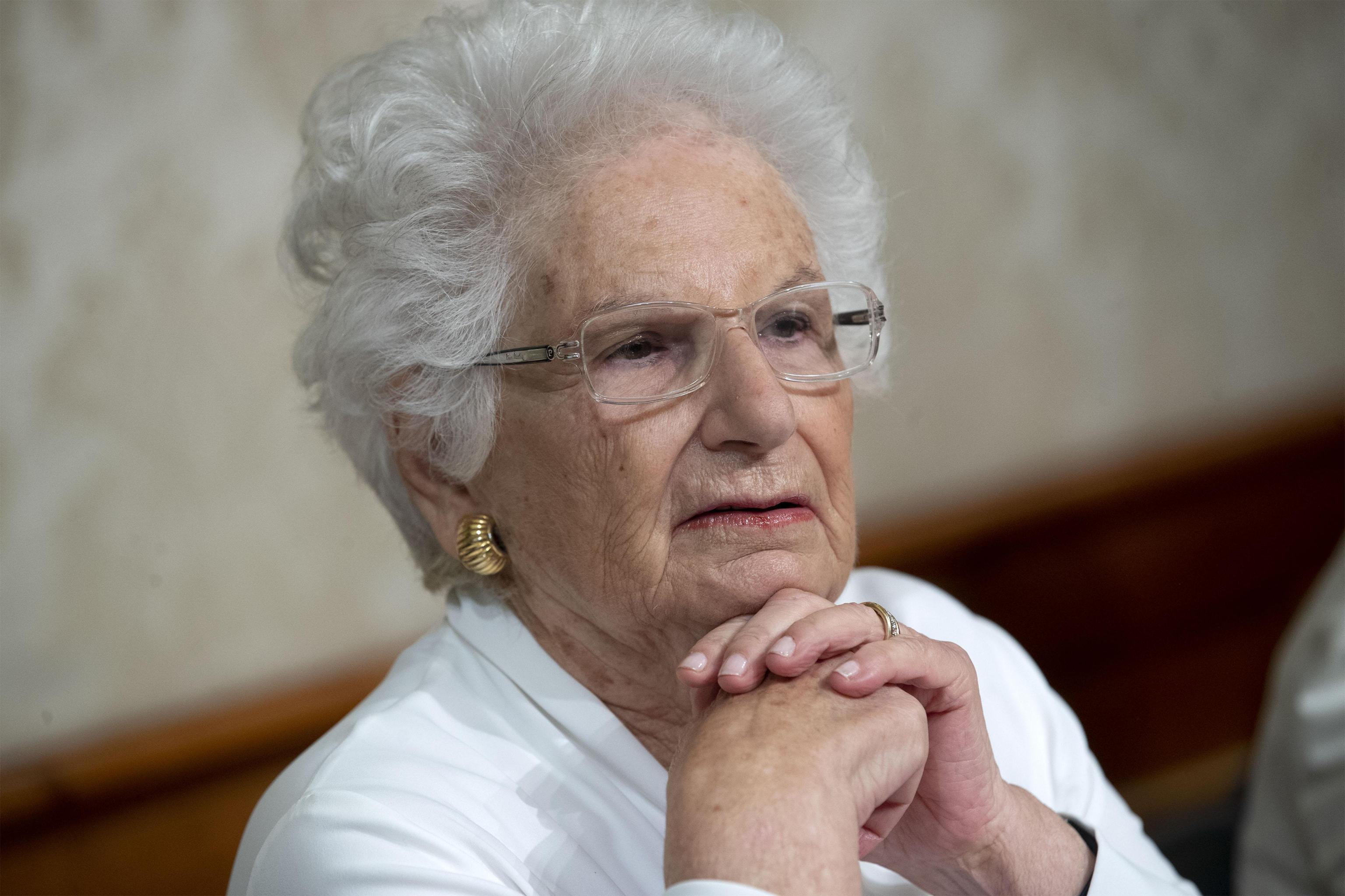 Liliana Segre risponde a Salvini: «I senatori non muoiono mai? Grazie, ho 90 anni e sono molto scaramantica»