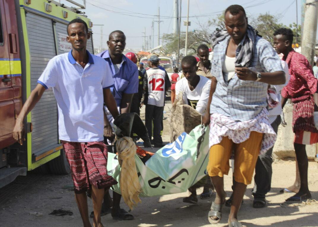 Autobomba a Mogadiscio, un testimone: