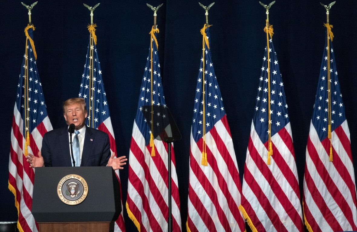Iran sanzioni Usa su acciaio e 8 leader