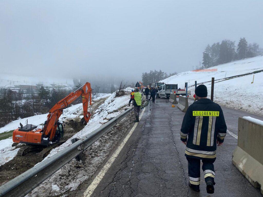 Alto Adige, scialpinista tedesco precipita e muore durante un'escursione sul Sella