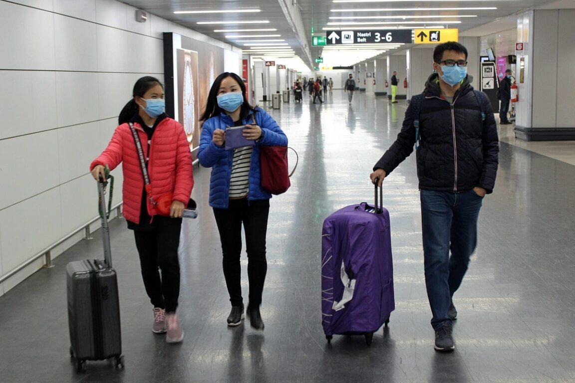 Coronavirus, ministero Salute aumenta controlli e personale a Fiumicino e Malpensa