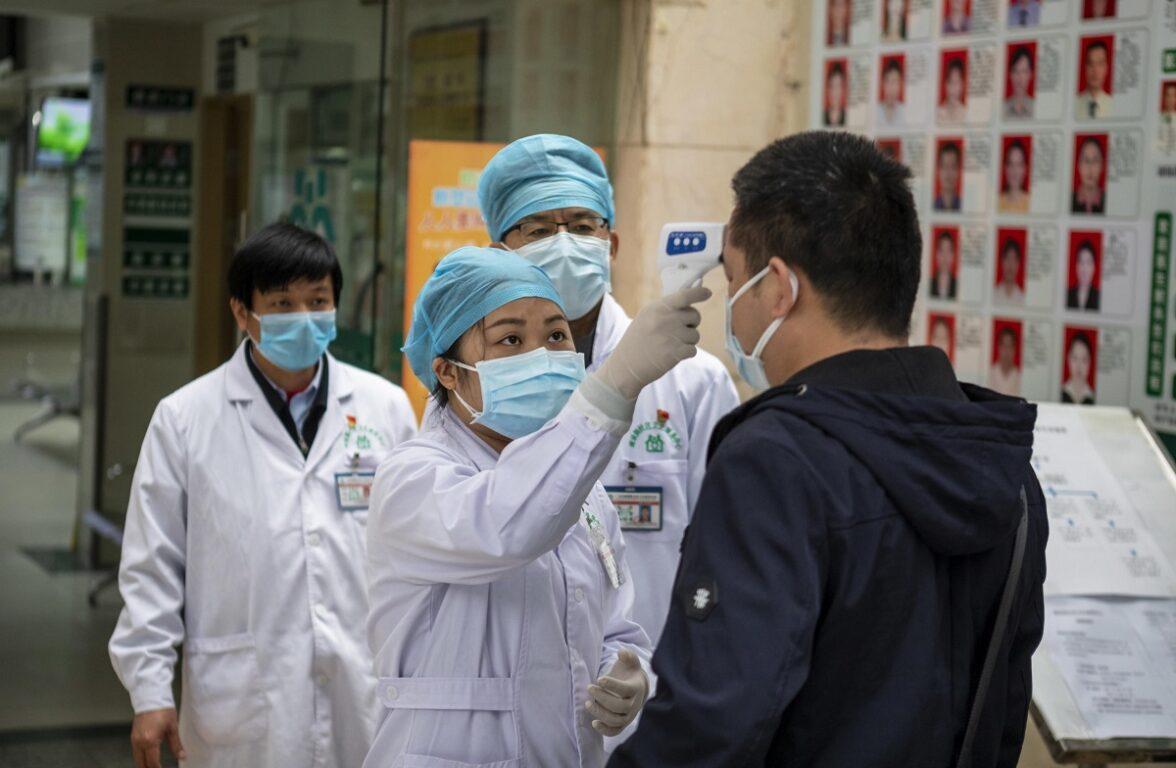 Coronavirus, 35 italiani sulla nave da crociera in quarantena