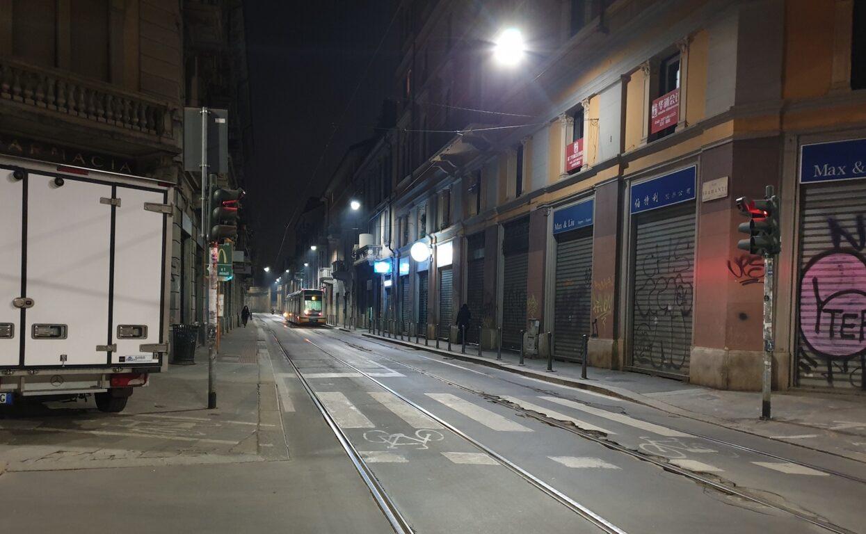 La serrata nella Chinatown di Milano per il coronavirus: str
