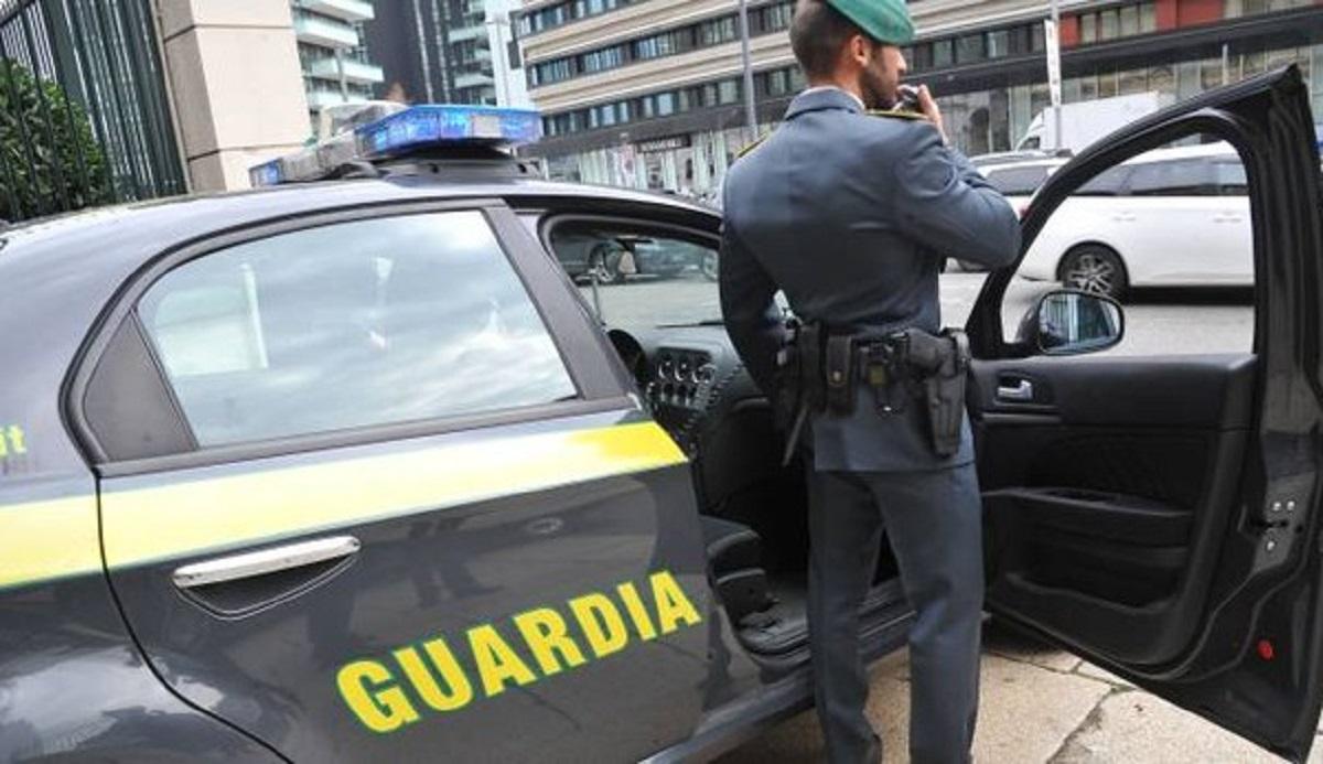 Truffa diamanti, arrestato imprenditore