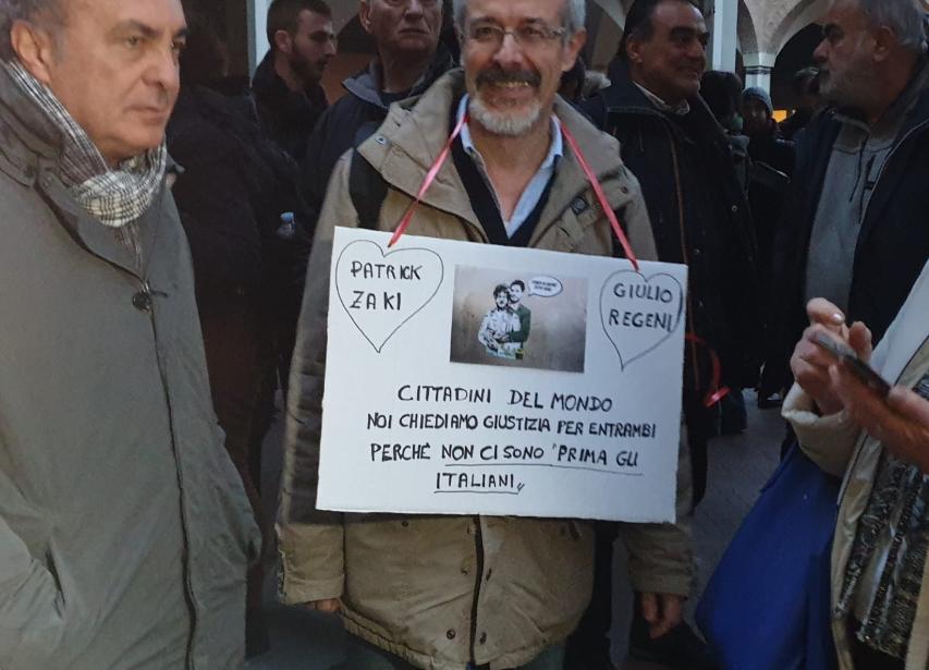 Bologna, l'università e la città in piazza per Patrick Zaki:
