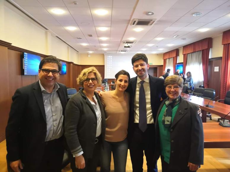 Coronavirus isolato da medici italiani, tra loro anche una dottoressa di Procida
