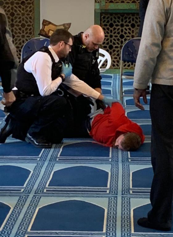 Londra, accoltella un fedele musulmano in una moschea: uomo