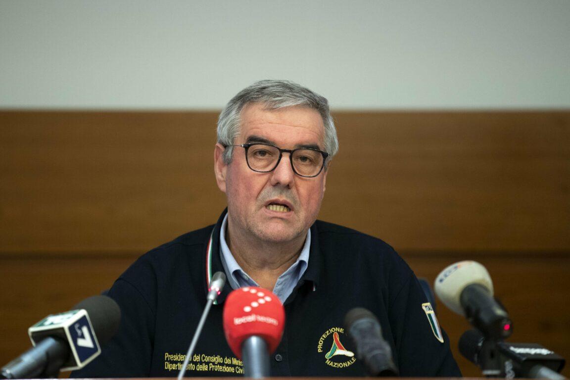 Coronavirus, ultime notizie – Borrelli avverte: «Tutti a cas