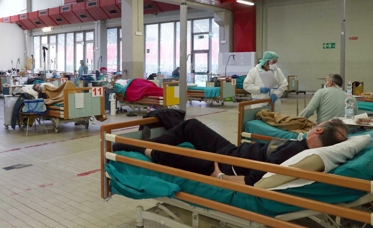Coronavirus, ultime notizie – Ancora più di 750 i decessi in