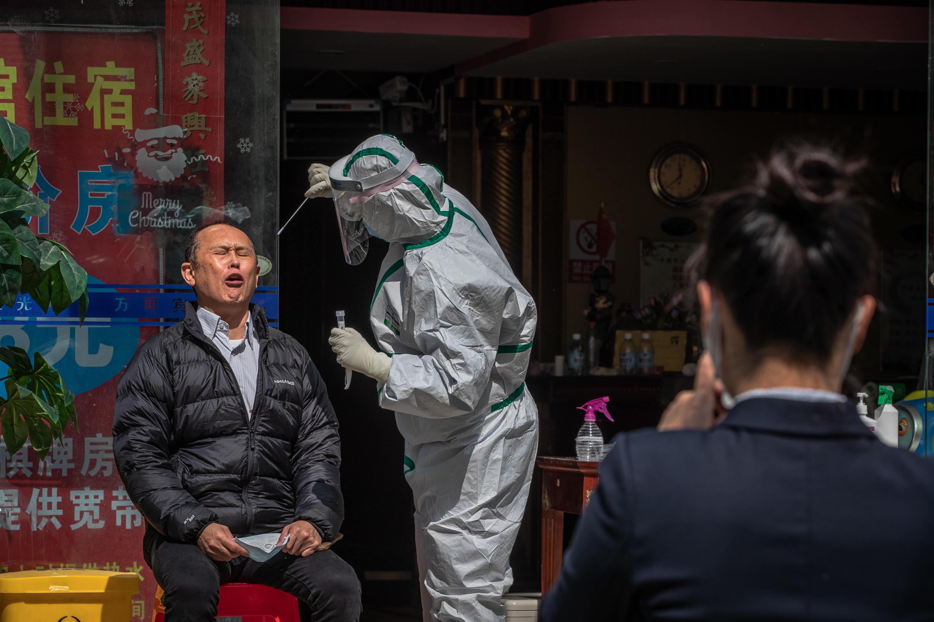 Torna l'incubo Covid a Wuhan, sette nuovi contagi.  Test su 11 milioni di residenti, uscite limitate a uno per famiglia