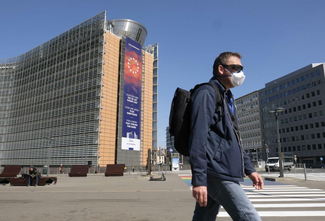 Coronavirus, Ue: «Frontiere esterne chiuse fino al 15 maggio