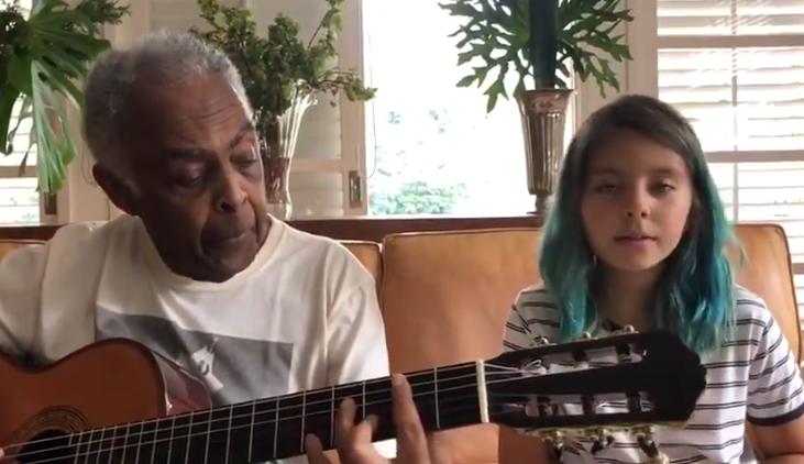 """Gilberto Gil canta """"Volare"""" con la nipotina e la dedica all'Italia che ..."""