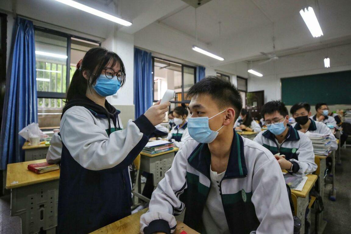 Coronavirus, inchiesta dell'Ap: perché la Cina ha diffuso in