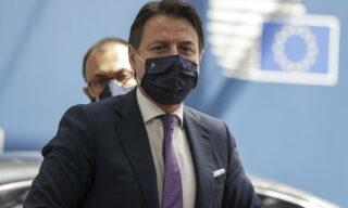 Nel quarto giorno a Bruxelles i leader si avvicinano a un accordo. All'Italia spettano 209 miliardi, di cui 82 in sussidi e 127 in prestiti