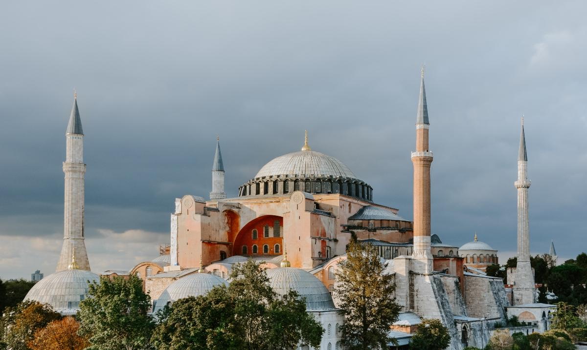 Santa Sofia diventerà una moschea? Oggi si decide