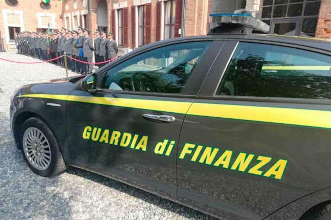 Truffa sul Reddito di cittadinanza a Genova| scoperti 1.500 furbetti. Con i commercialisti trasformavano in contanti il sussidio