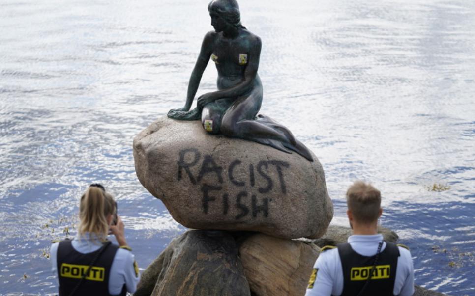 Vandalizzata la Sirenetta di Copenaghen: