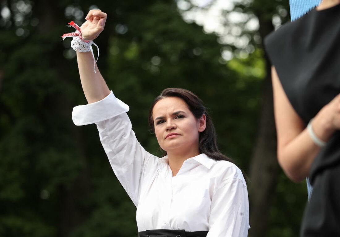 La Bielorussia al voto, la casalinga 37enne Svetlana Tikhanovskaya ...