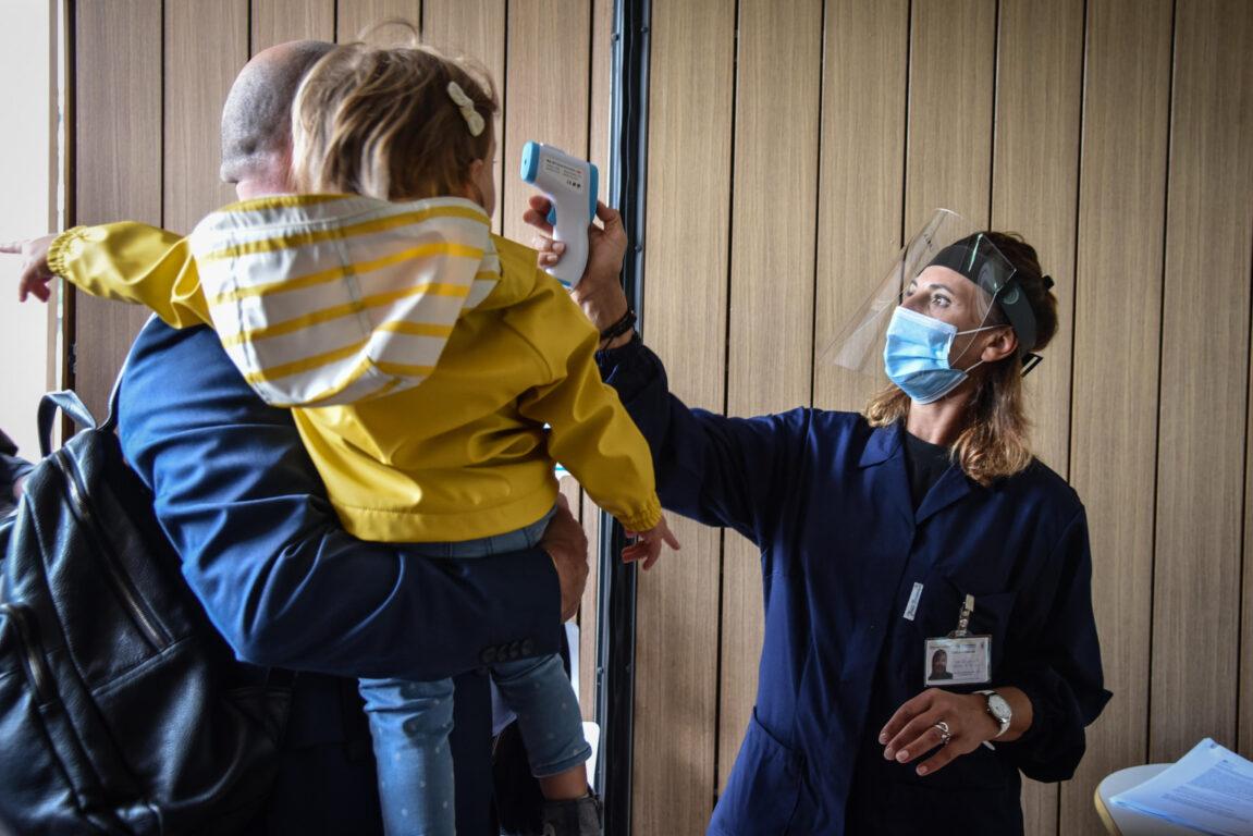 Covid 19, ultime notizie – In Usa i bambini sempre più colpiti dal virus. Canada, tornano le restrizioni in Québec