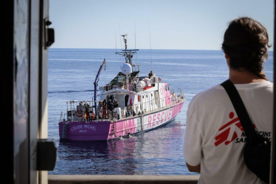 Banksy si mobilita per salvare i rifugiati: ha già salvato 89 persone