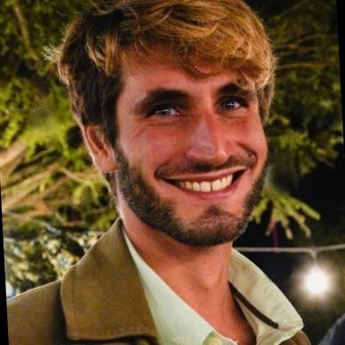 Parla uno dei giovani ricercatori che lavorano al vaccino a Pomezia: «La mia vita di tensione tra Ebola e Covid 19»
