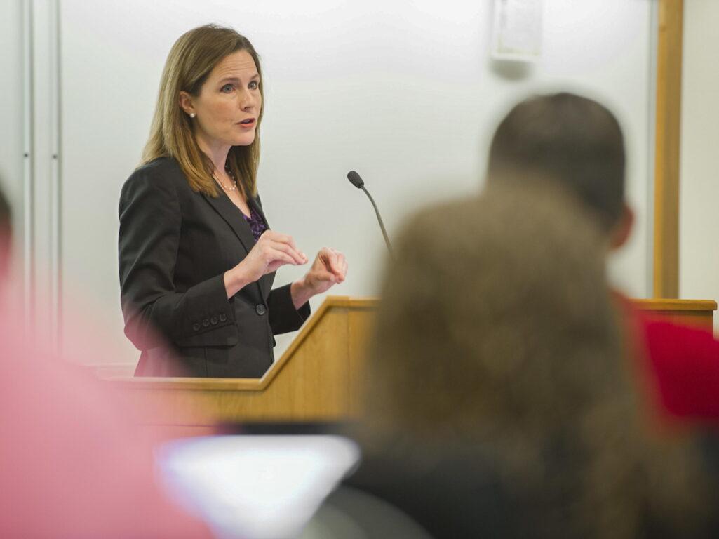 Una conservatrice cattolica per sostituire Ginsburg alla Corte Suprema. La scelta di Trump secondo la Cnn