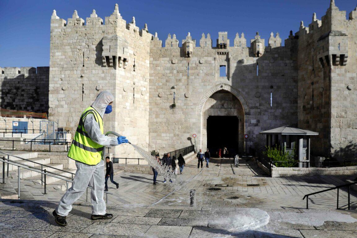 Covid 19, ultime notizie – Israele, il governo annuncia: «Sarà un lungo lockdown». Regno Unito: più di 7 mila nuovi contagi in 24 ore