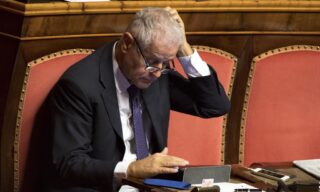 Regionali 2000: Roberto Formigoni - 62,4% in Lombardia - ANSA/CLAUDIO PERI