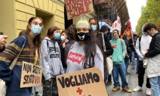 La protesta degli studenti a Torino
