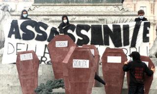 """L'accusa degli studenti di Milano, rivolta alle istituzioni, è di aver """"assassinato"""" istruzione e socialità"""