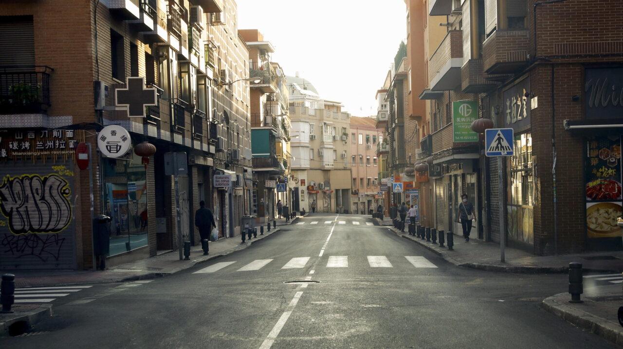Covid 19, ultime notizie – In Spagna da lunedì esercito in strada per assicurare il rispetto delle restrizioni. Record di casi in Francia: oltre 16mila in 24 ore