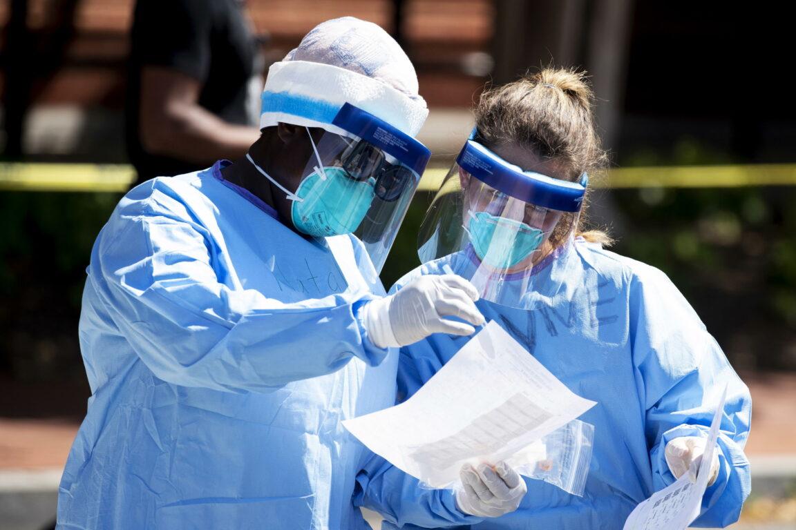Coronavirus, negli Stati Uniti il contagio corre nel Midwest. Il Giappone tira dritto sulle Olimpiadi