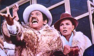 Gigi Proietti nel personaggio di Mandrake nel film Febbre da Cavallo - 1976