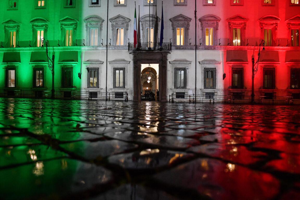 Palazzo Chigi durante il consiglio dei ministri, Roma