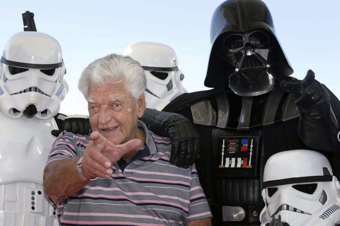 È morto l'attore che interpretò Darth Vader
