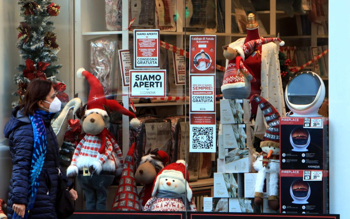 Cashback di Natale in arrivo, rimborsi fino a 150 euro: come funziona