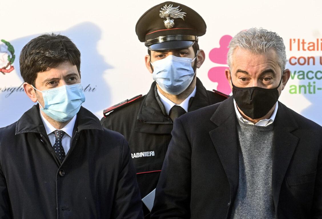 ANSA  RICCARDO ANTIMIANI | Il ministro della Salute Roberto Speranza a sinistra e Domenico Arcuri Roma 27 dicembre 2020
